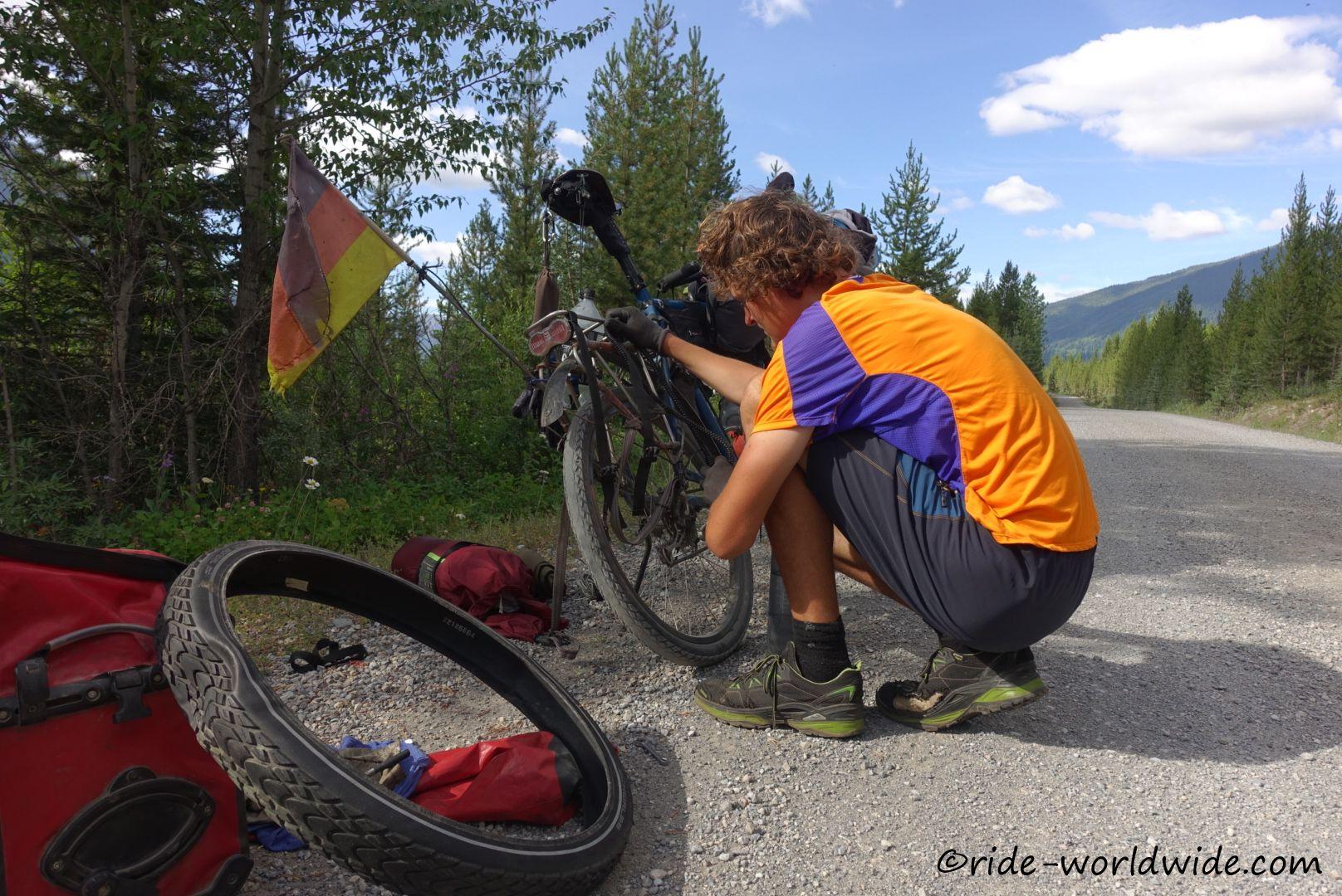 26.072 km Hinterradplatten. Der Mantel wird getauscht.