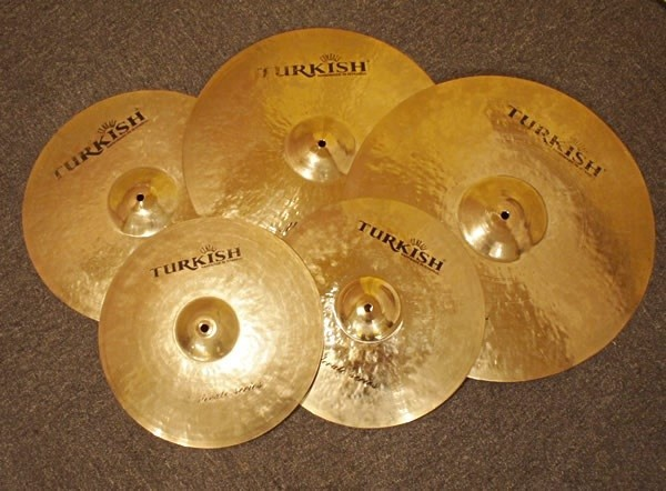TURKISH / MODERATE CYMBAL SET:RIDE 20 / CRASH 18 & 16 / HH 14