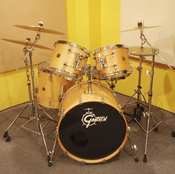 GRETSCH / NEW CLASSIC 22BD SET:22X18BD 12X9TT 13X10TT 16X16FT