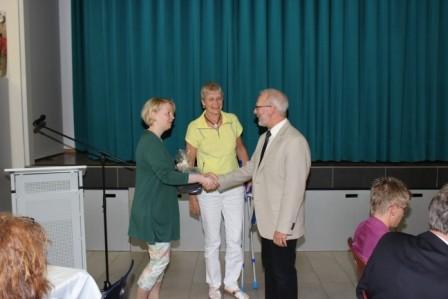 ... und die Vertreterinnen des Fördervereins bedanken sich für die langjährige vertrauensvolle Zusammenarbeit.