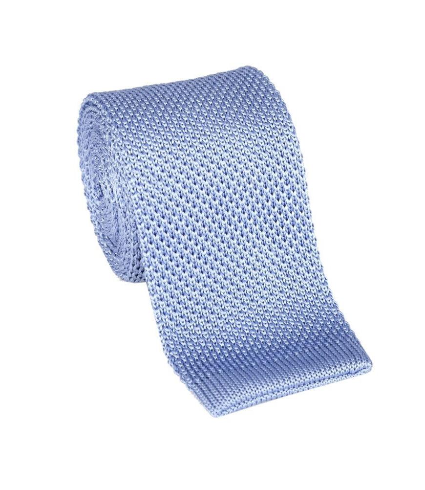 Corbata de punto celeste en seda