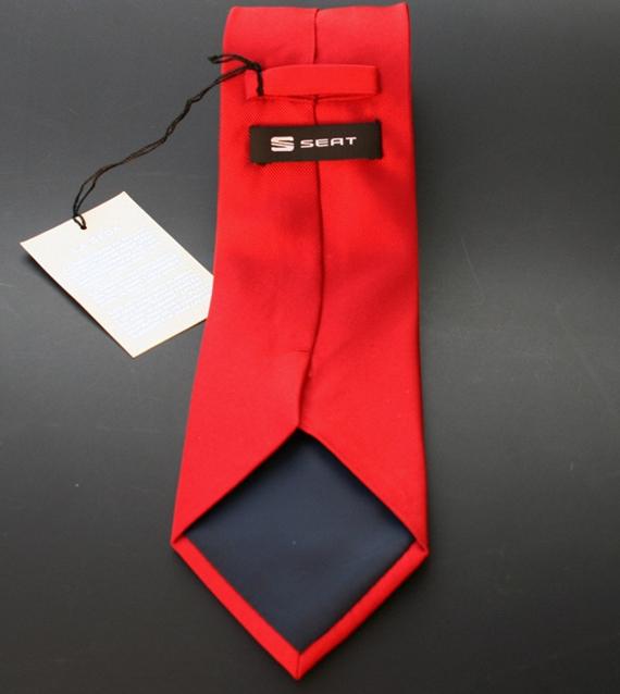 Corbata seda unicolor, Seat, España
