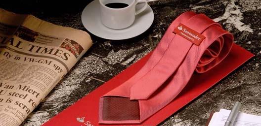Corbata seda, unicolor, Banco Santander, España