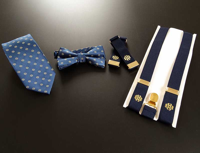 Corbata,pajarita,brazaletes y tirantes para Royal Bliss