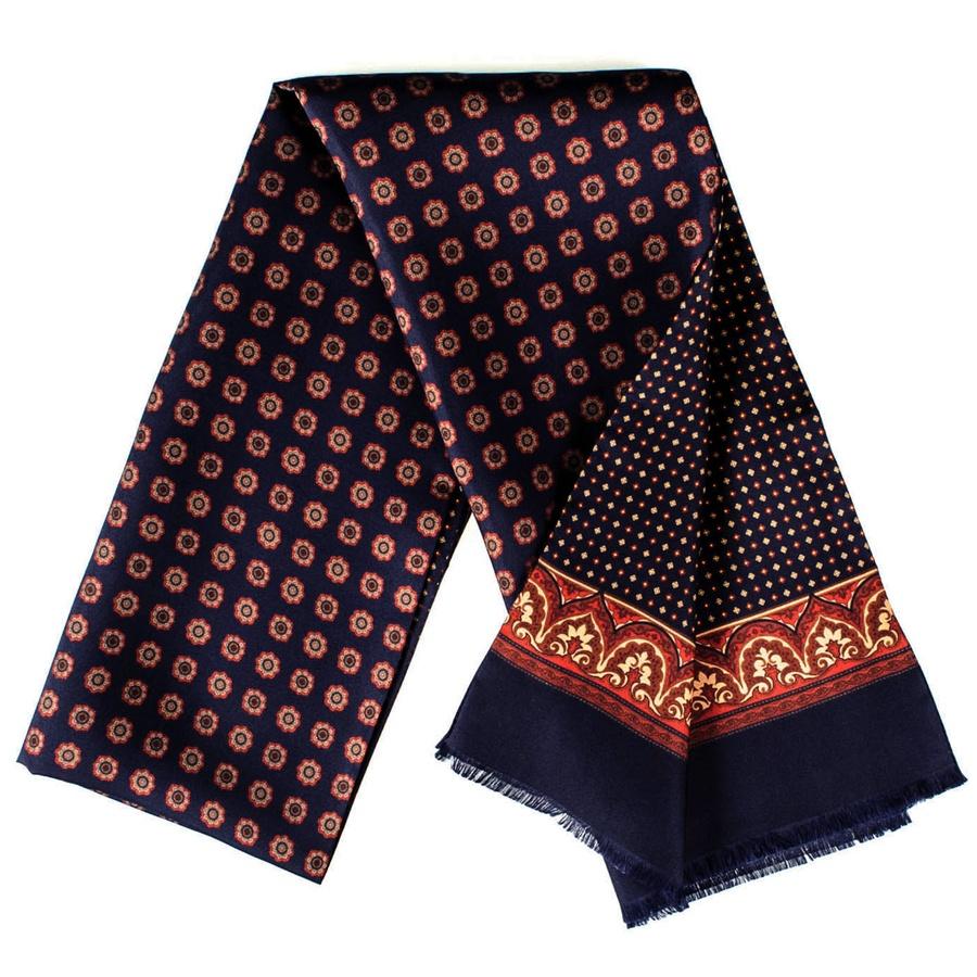 Bufanda double face, seda estampada por una cara, diferente diseño por la otra