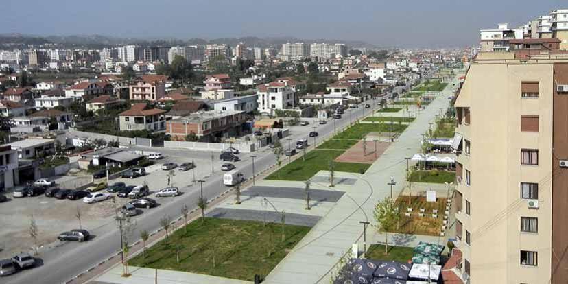"""KM Runwaypark"" (Albanie) 2011 - FINALISTE 2012"
