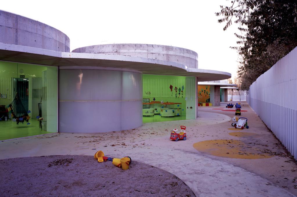 Crèche municipale Picado-de Blas Arquitectos © Hisao Suzuki