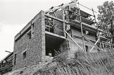 Maison Moins, 1962. La maison en construction © Paul Chemetov