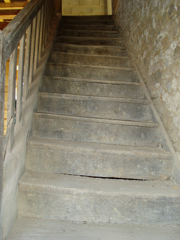 Original 17th C. oak staircase to be dismantled and rebuilt in situ