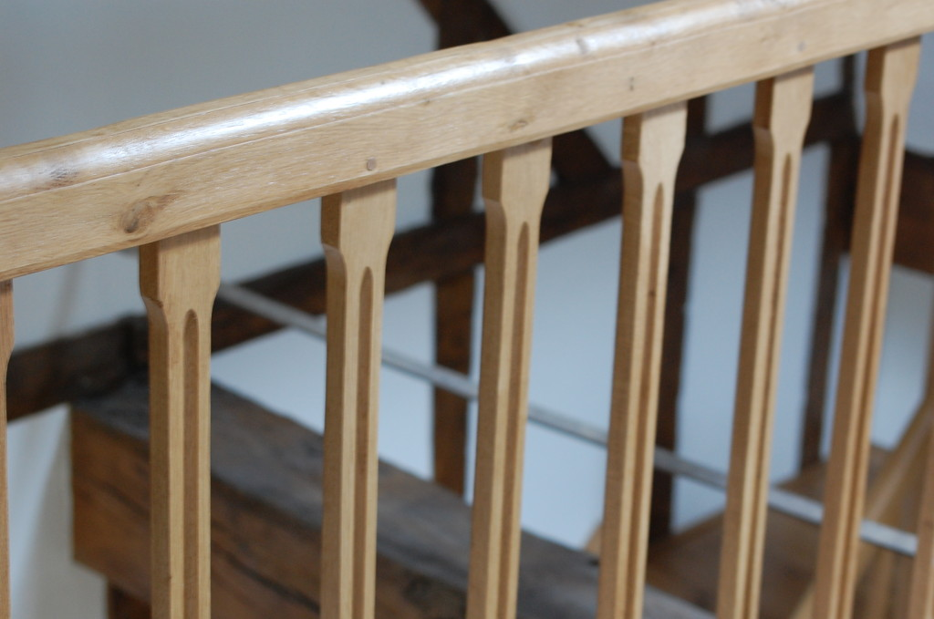 Scalloped spindles