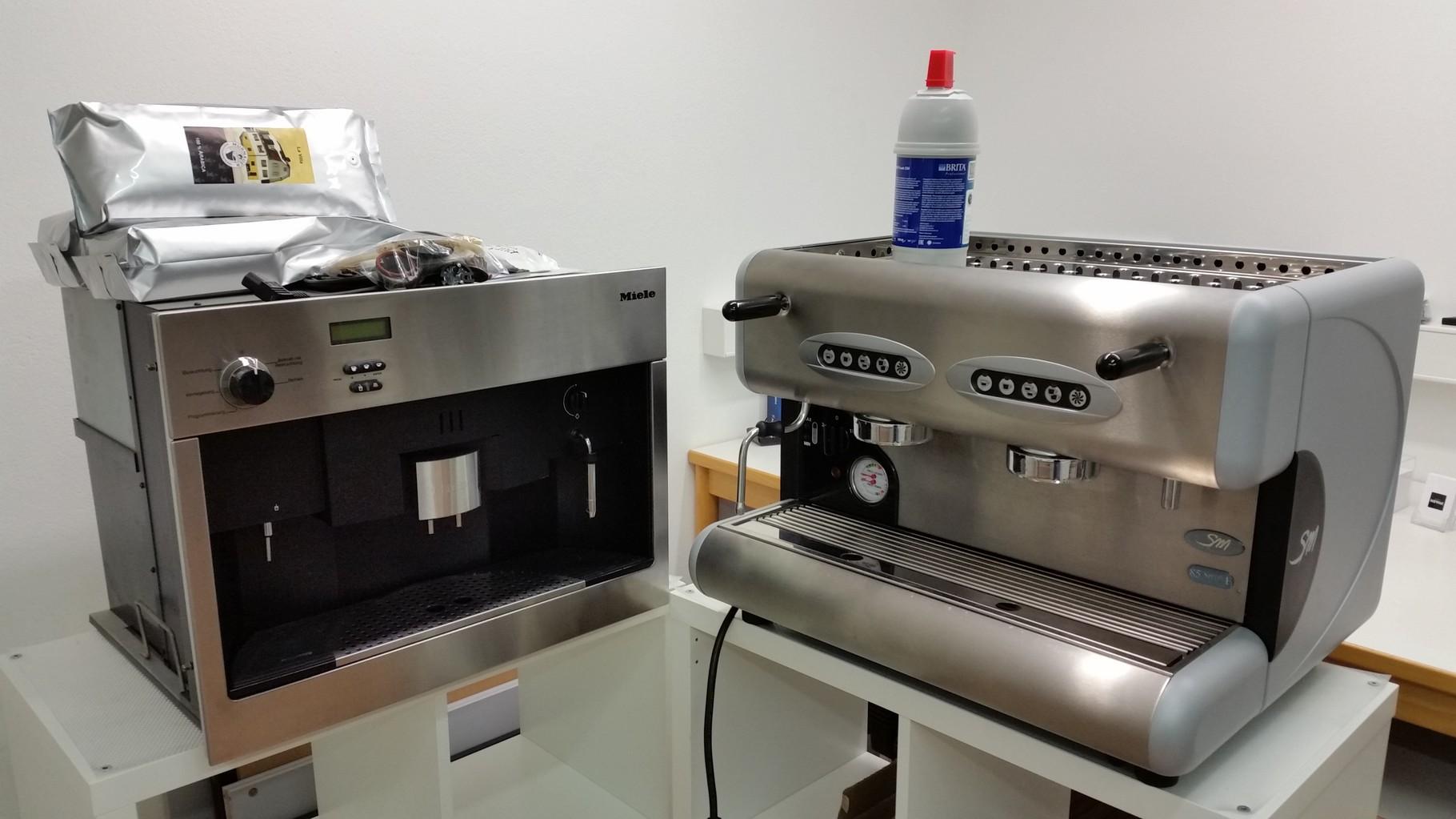 Werkstatt Impressionen - Miele Einbaukaffeevollautomat  &  San Marco  85 Sprint