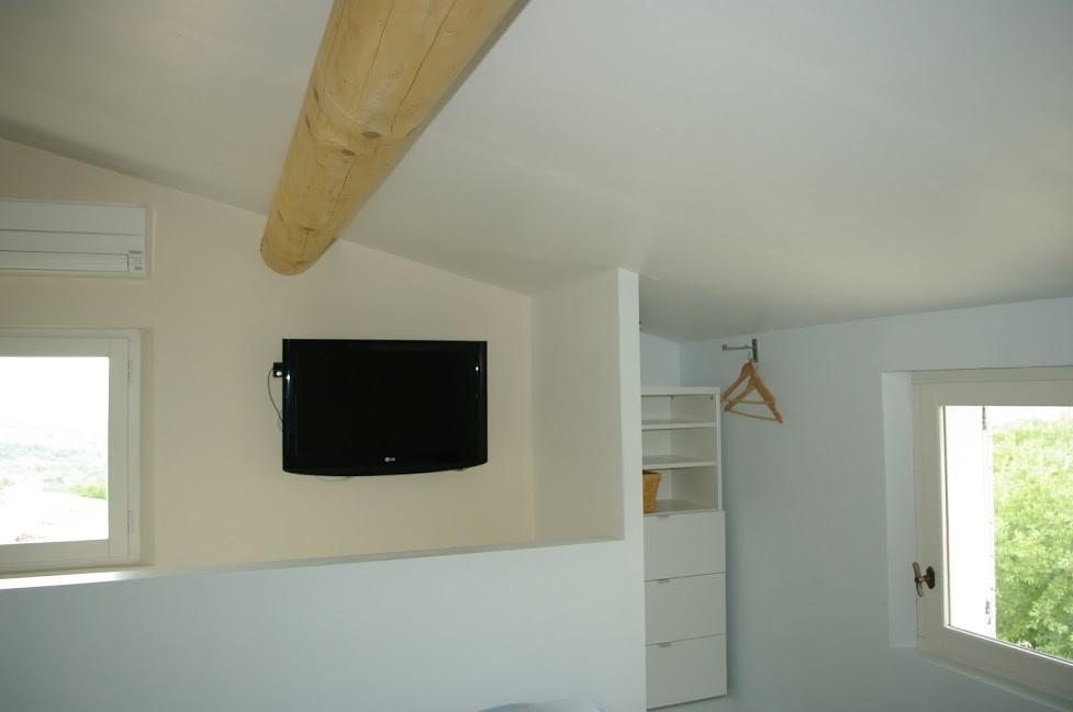 TV écran plat + lecteur DVD