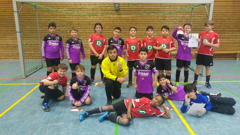 Die E-Jugend wird 2. bei der Stadtmeisterschaft 2018. Nur eine knappe 0:1 Niederlage gegen Langschede verhinderte den Turniergewinn.