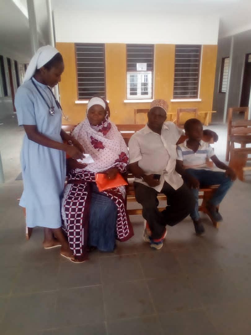 Die ersten Patienten kamen schon am ersten Tag.