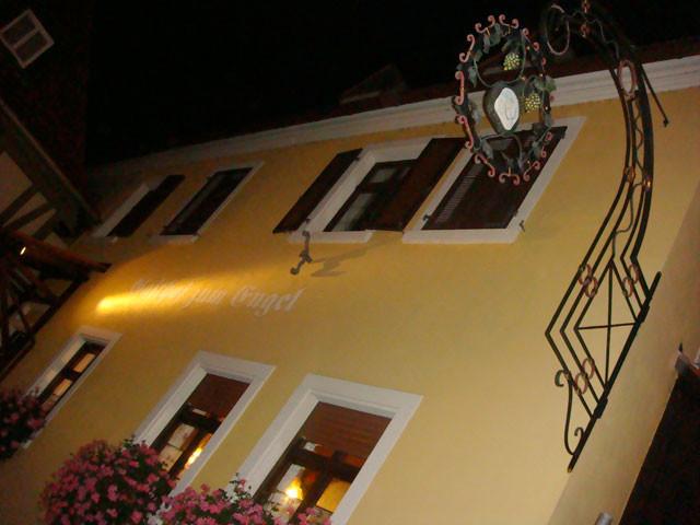 Gasthof zum Engel bei Nacht