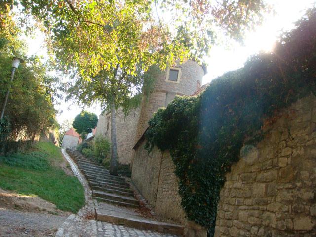 historische Stadtmauer ...