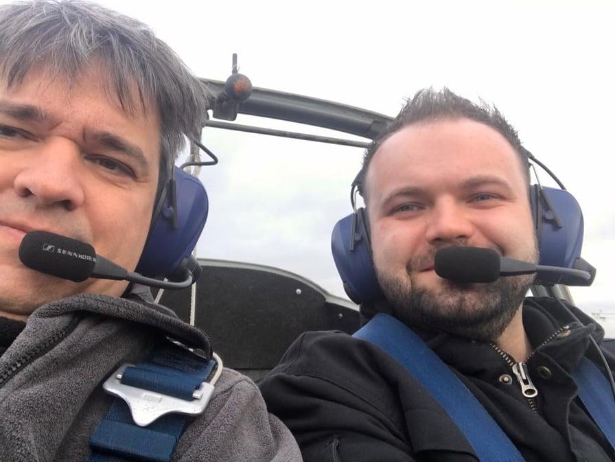 Flugschüler Patrick Will mit Fluglehrer/Ausbildungsleiter Markus Klemm