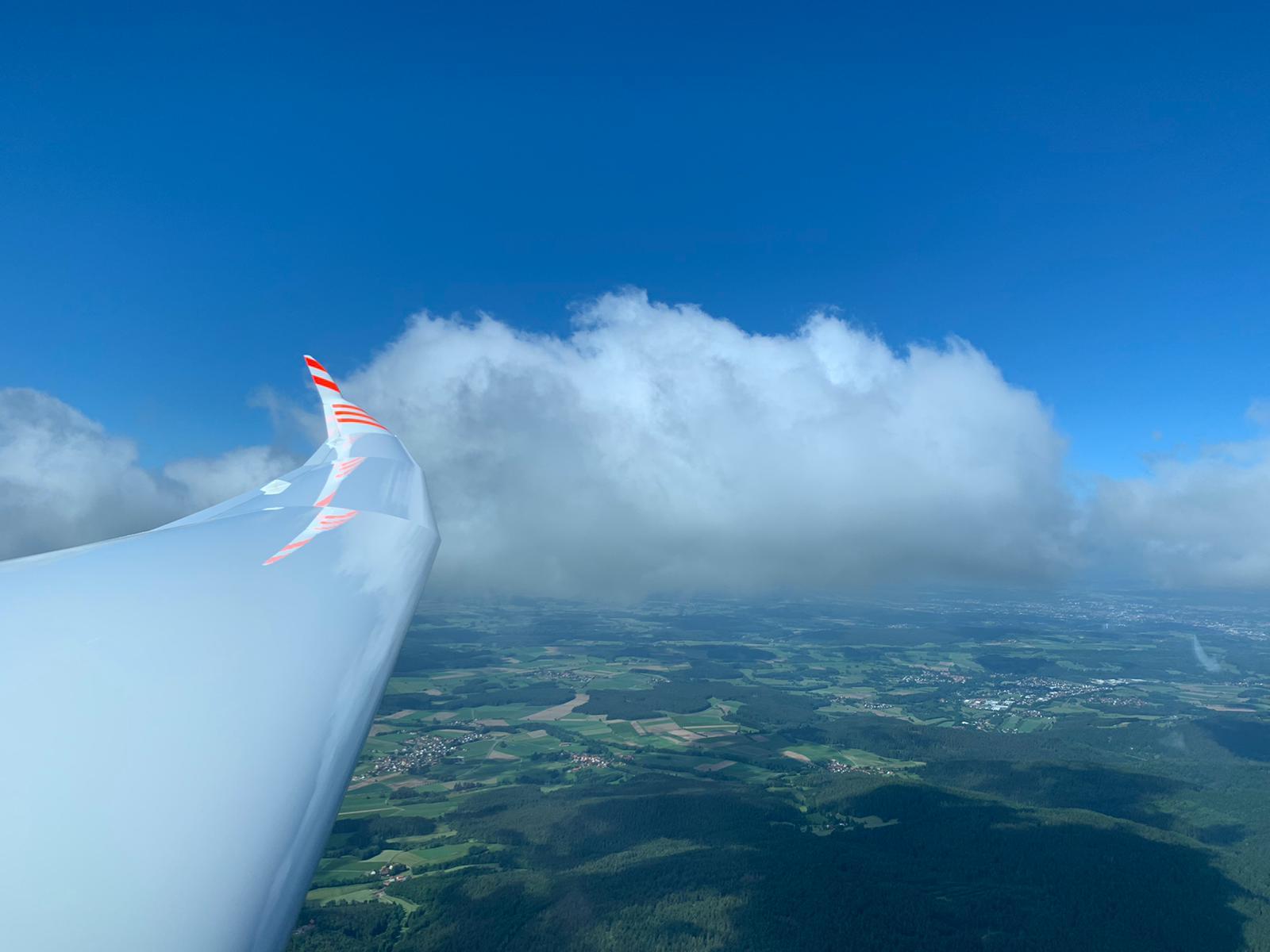 Am Anfang immer an den Wolken