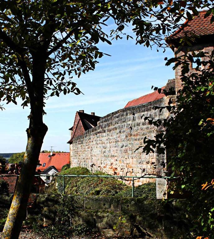 Hohenzollernburg/ Westmauer