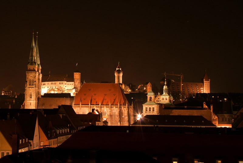 Blick ü. Nürnberg auf die Kaiserburg