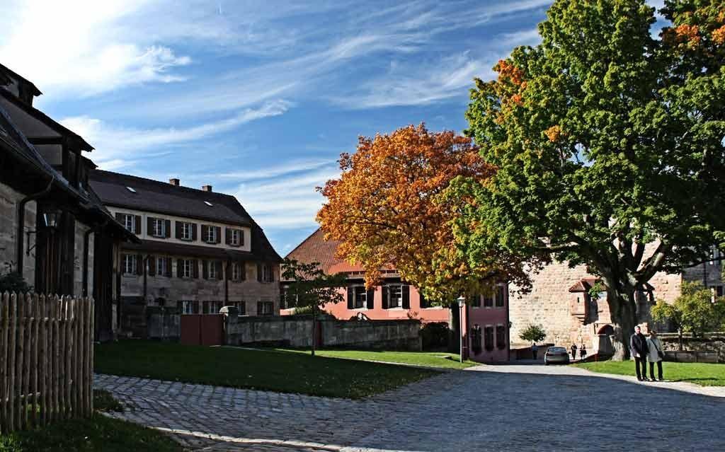 Hohenzollernburg/Wirtschaftshof