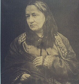 © photographiée par son fils Henry Herschel Hay Cameron en 1870