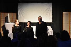 """Nadine J M. Knauer beim Jugendtheaterensemble mit der Aufführung """"Changes"""" mit KollegIn Ricarda Thöne und Jörg Dreismann"""