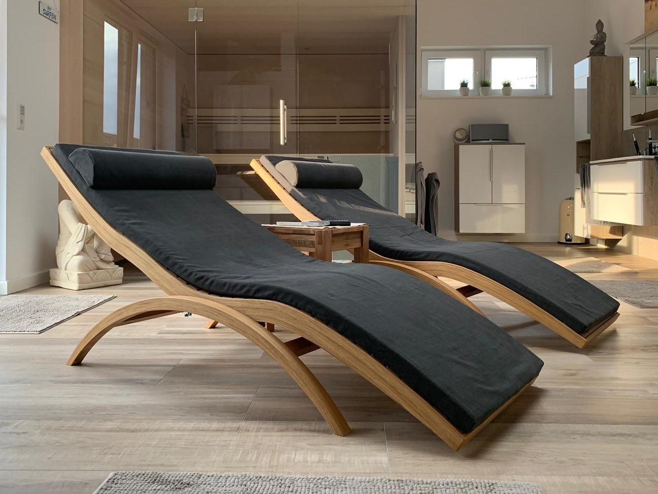 Relax Wellnessliege im Spa Bereich