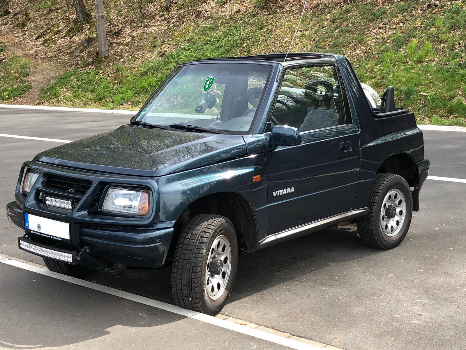 Suzuki Vitara: Bodylift & Lightbars nachgerüstet