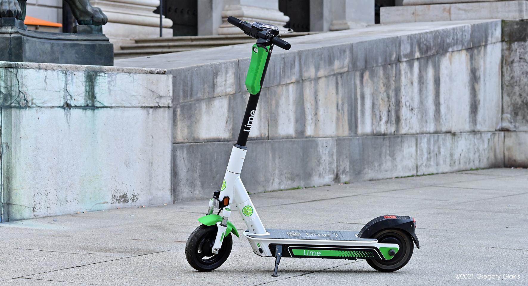 Μόναχο: E-Scooter Τριπλασιάστηκαν τα ατυχήματα