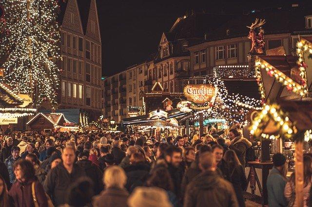 Bαυαρία: Χωρίς μάσκες και χωρίς 3G οι χριστουεγννιάτικες γιορτές