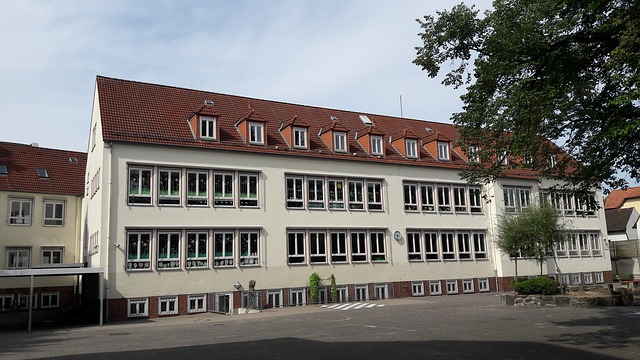 """Βαυαρία και σχολεία: Οι περιοχές πάνω από """"100"""""""