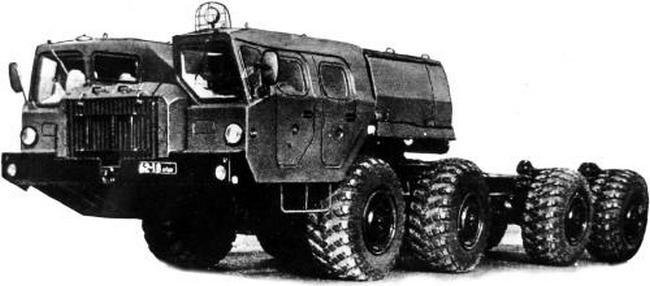 Опытное шасси МАЗ-79112 для транспортно-заряжающей машины системы «Смерч»