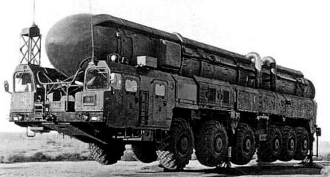 Опытный ракетный комплекс «Пионер-3» на шасси МАЗ-7916. 1985