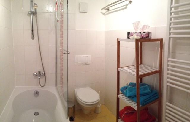 erstes Bad