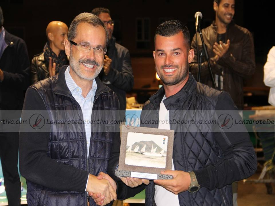Jorge Vega, patrón del RCV-YACOVI, con Marcial Morales, Presidente del Cabildo de Fuerteventura.