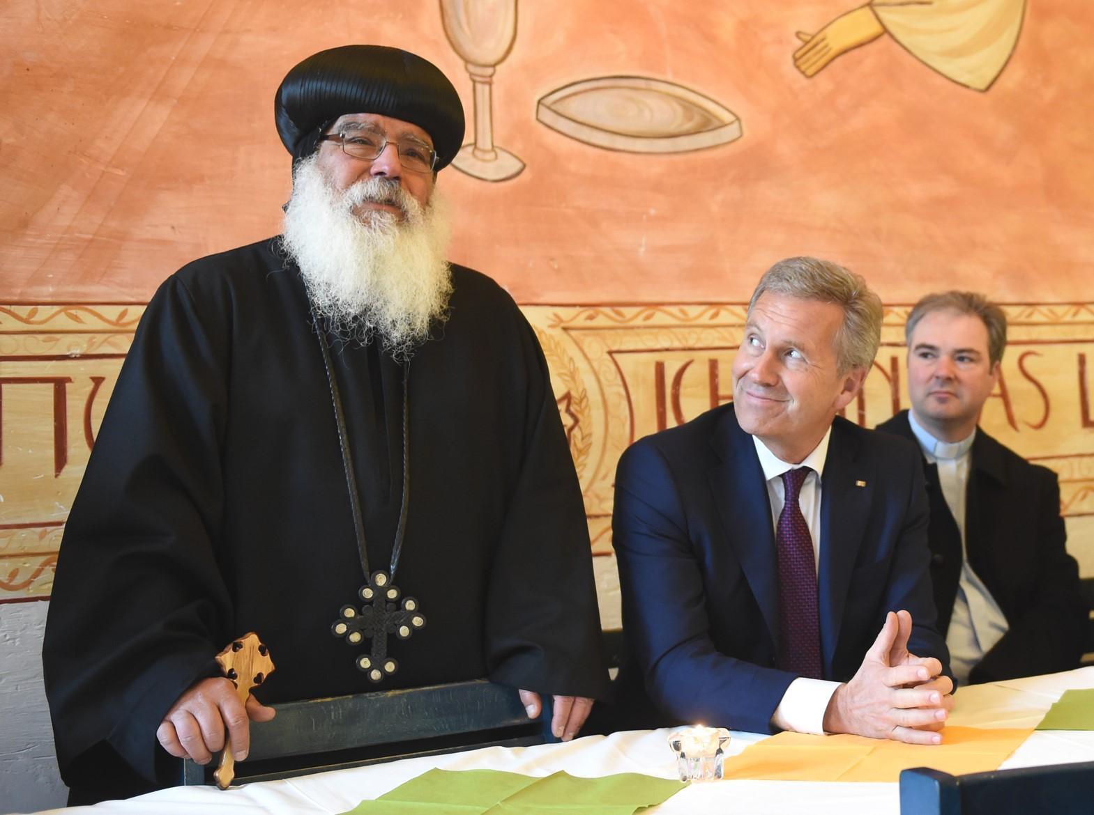 S.E. Bischof Anba Damian und Christian Wulff (Bundespräsident a.D.). Foto: Maria Hopp