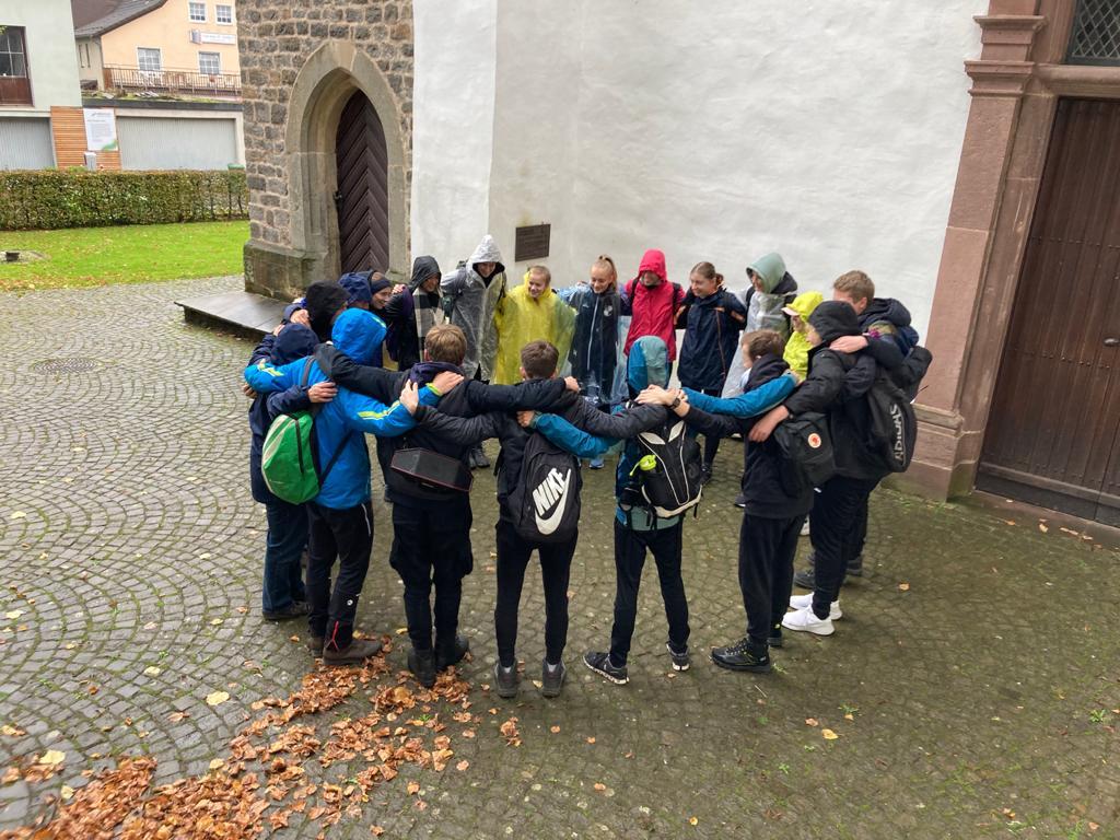 Gruppenfoto der Oberstufe des Gymnasiums Leoninum Handrup au dem Emsland (Oktober 2021)