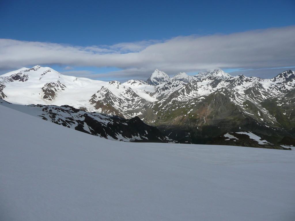 Blick zu Ortler,Zebru und Königsspitze