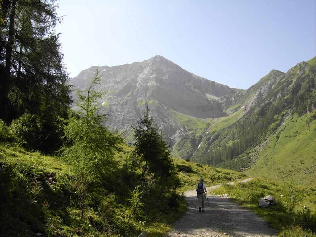 Im Kaisertal mit Blick auf Grießkopf