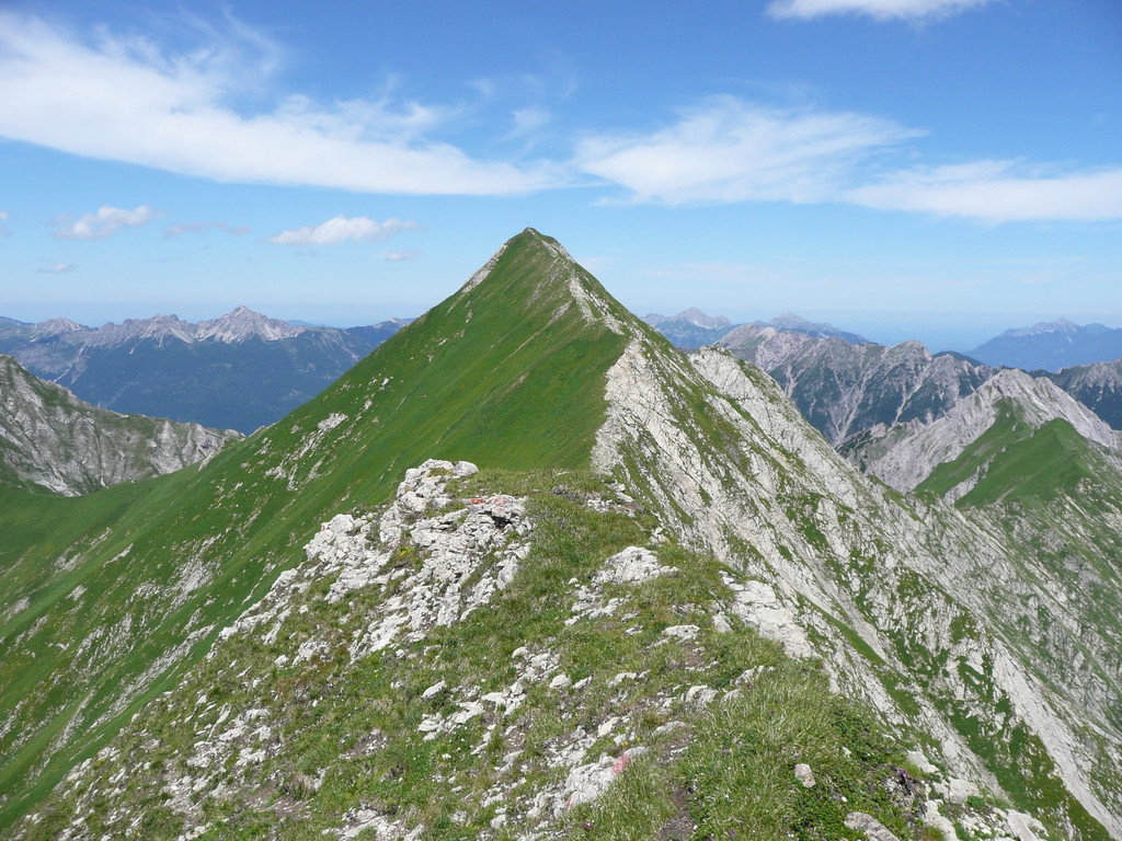 Elmer Kreuzspitze mit Anstiegsweg