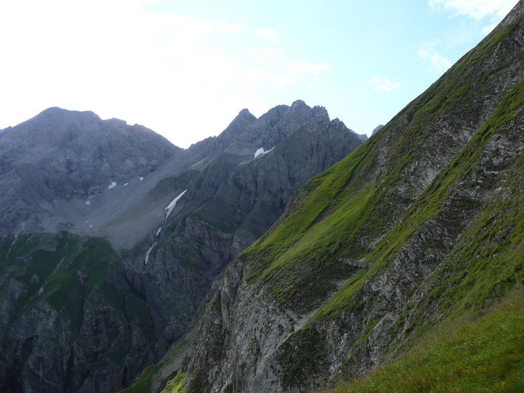 Einblick in die steilen Abbrüche am Linkerskopf