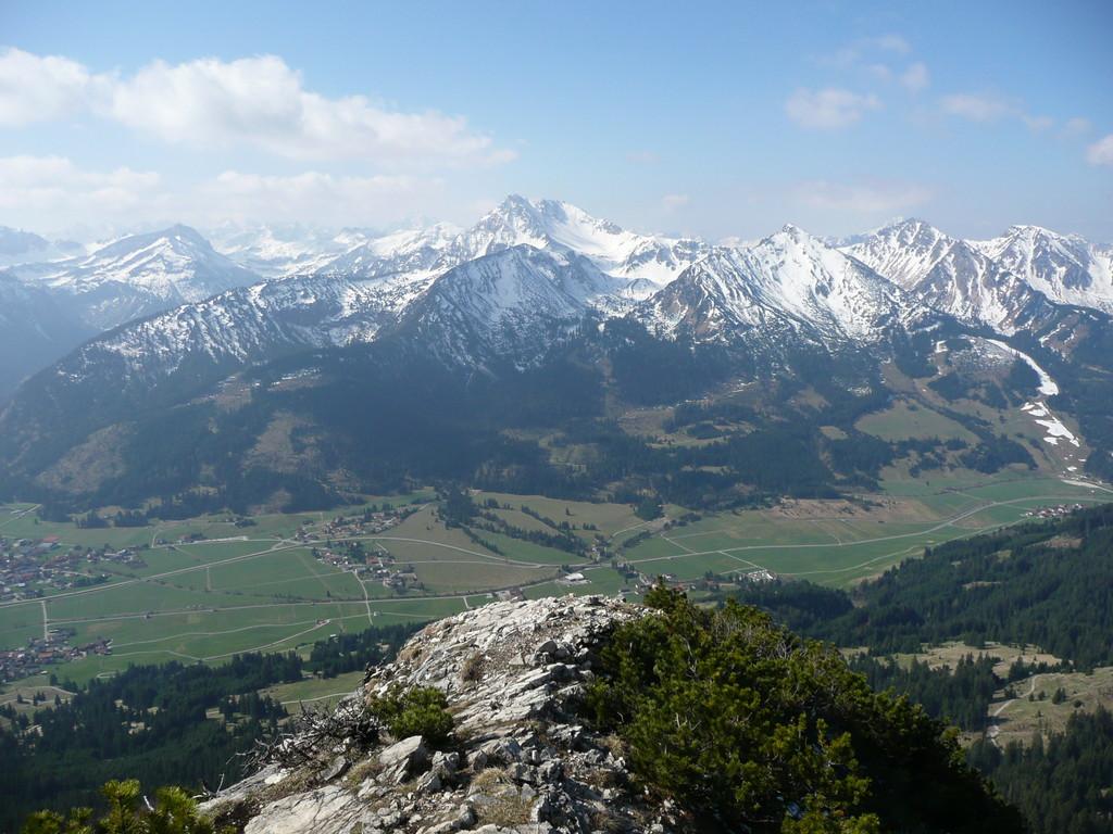 Blick auf Geißhorn,Rhonenspitze,usw.