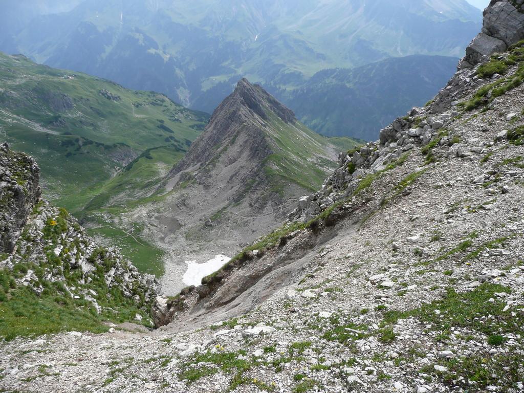 Tiefblick zum Wildengundkopf