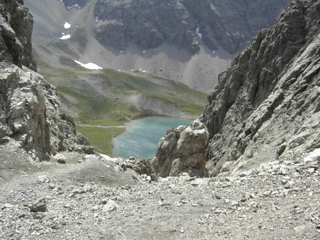 Blick von der Dremelscharte zum Steinsee