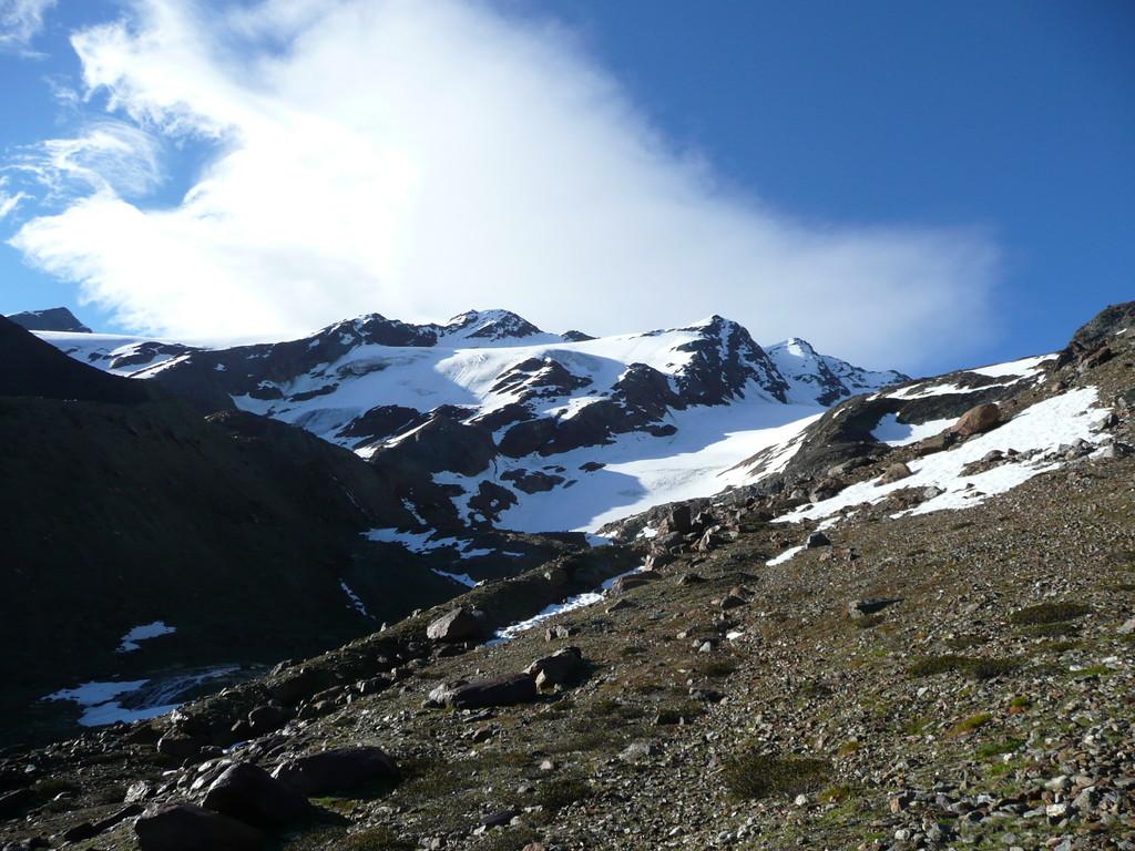 Blick zu den Veneziaspitzen beim Aufstieg Richtung Schranferner