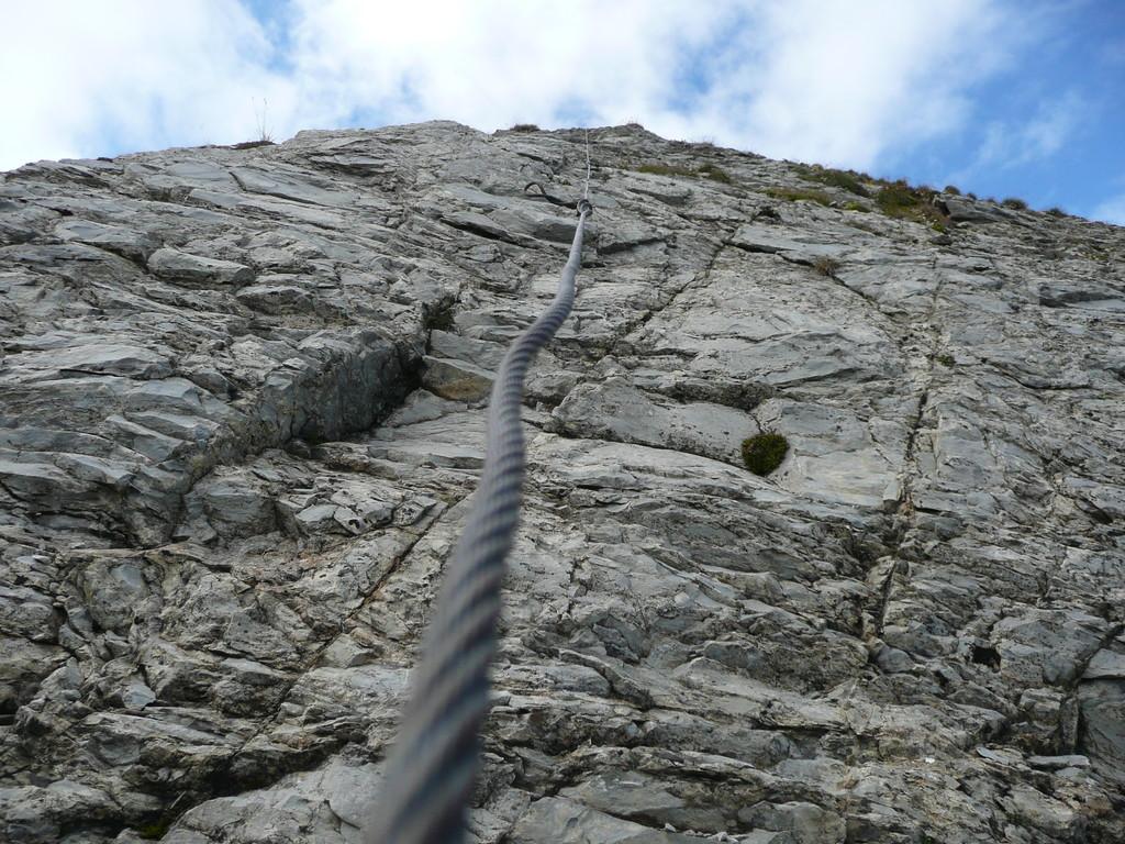 Seilhilfe im Gipfelbereich