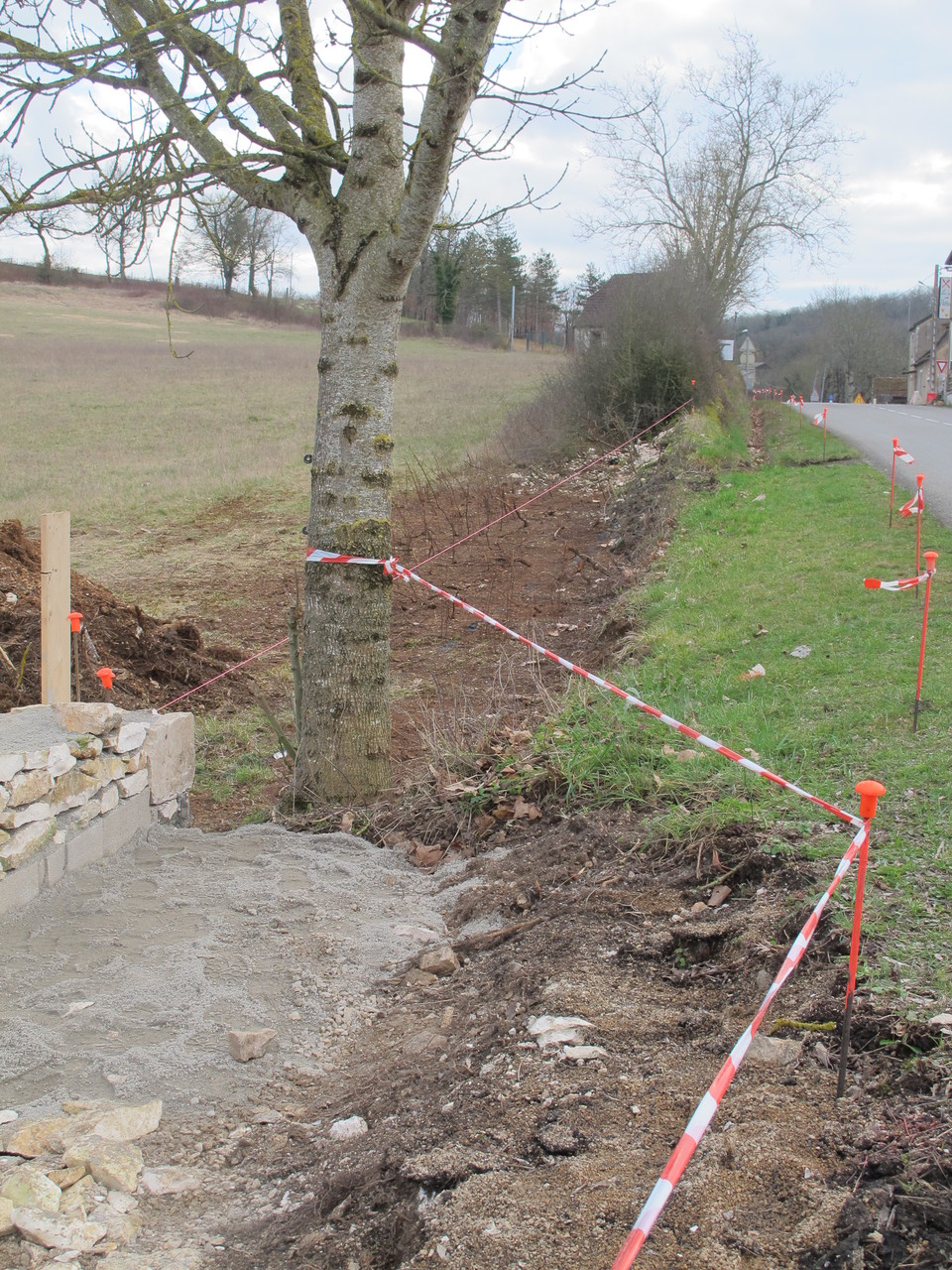 suite de la construction du muret