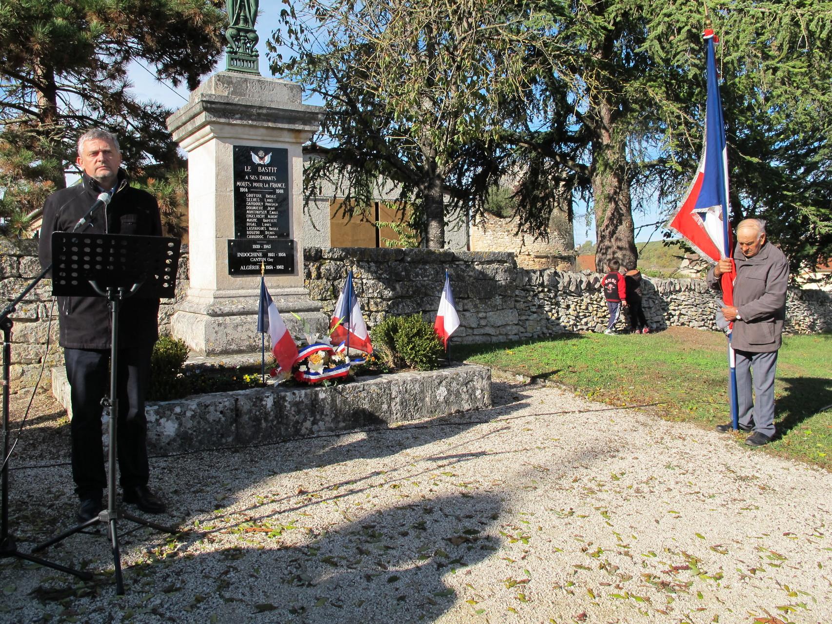 la minute de silence en l'honneur de nos soldats