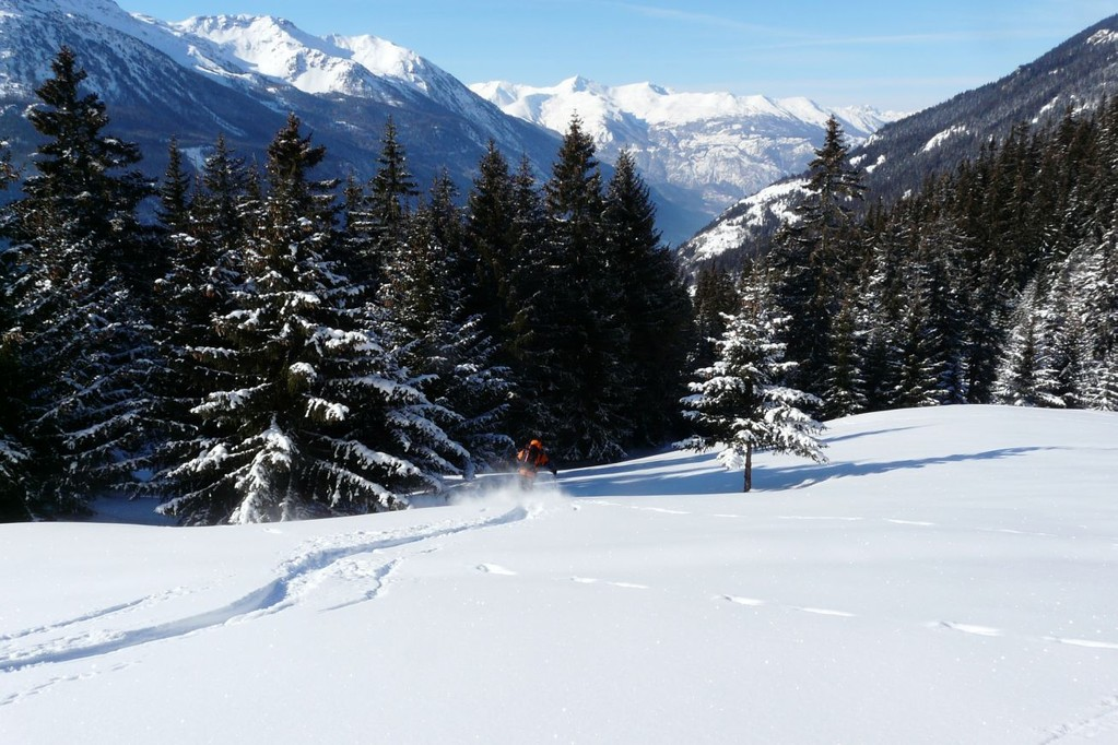 ski au-dessus du village